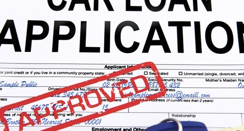 The amount of outstanding auto loans has been growing rapidly in 2014.